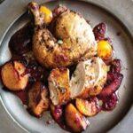 طرز تهیه خوراک مرغ و آلو سیاه