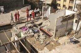 ویرانی مرگبار در مشهد و اهواز
