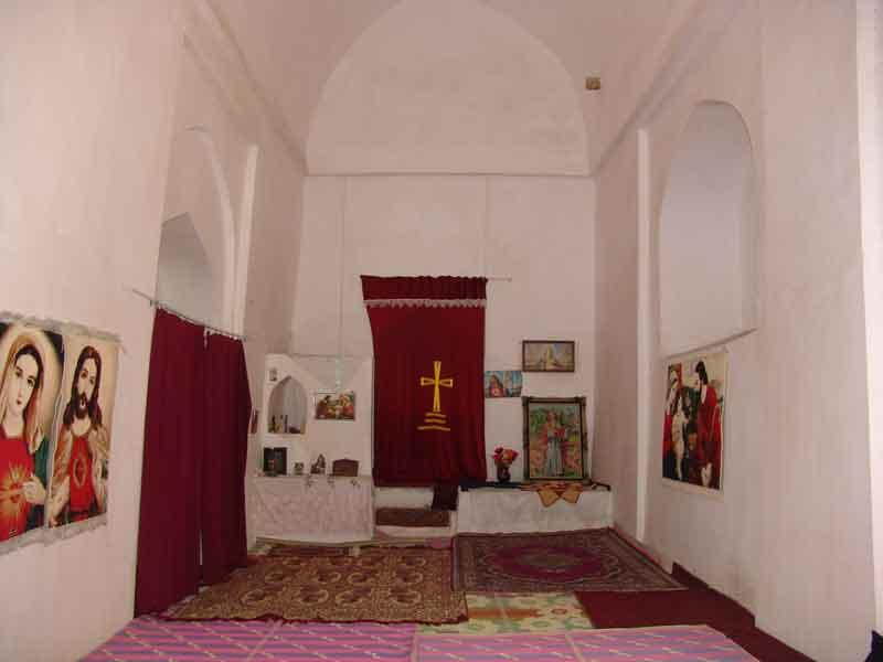 کلیسای سرخ آباد