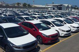 مجلس به دنبال لغو افزایش تعرفهی واردات خودرو
