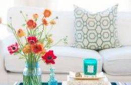اتاق نشیمن سفید با ترکیب مشکی و طوسی