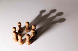 چالشها و هزینههای رهبری – فناوری
