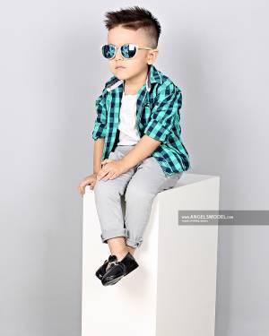 شرایط مدل شدن کودکان چیست