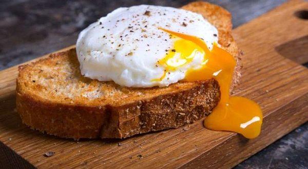 چرا باید تخم مرغ کامل مصرف کنیم؟-سلامت