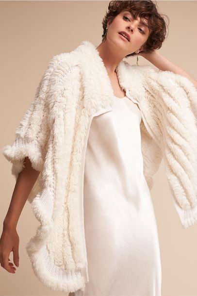 شنل زمستانی عروس