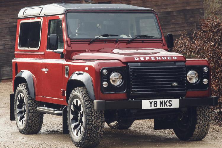Land Rover Defender Works V8 / لندرور دینفدر
