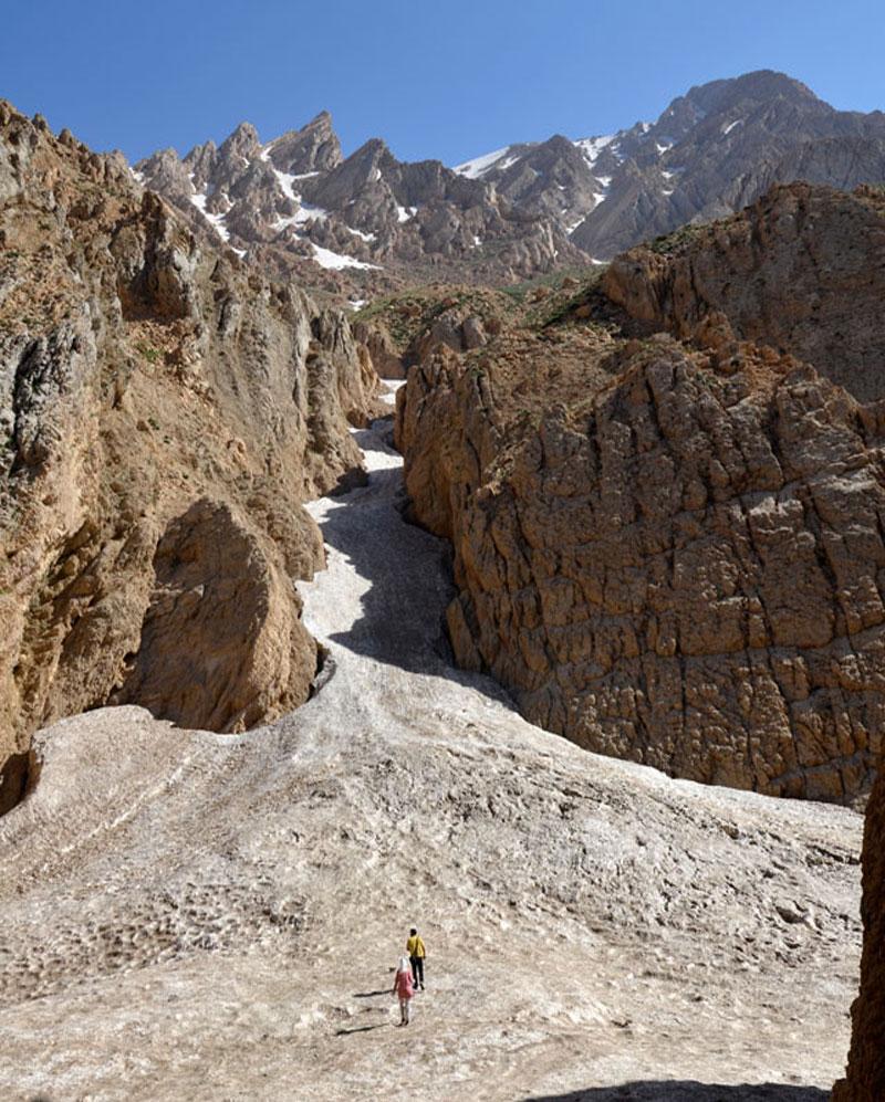 یخچالهای مسیر غار چما