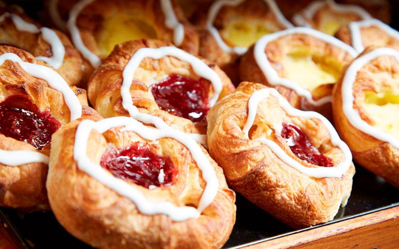 شیرینی دانمارکی (wienerbrød) – دانمارک