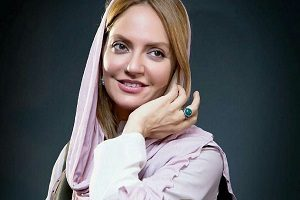 واکنش مهناز افشار به خبر فرارش از ایران