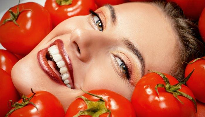 آشنایی با خواص ماسک گوجه فرنگی برای پوست