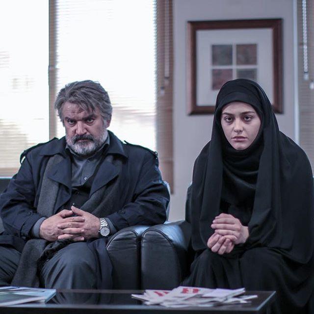 کافه اینستا با ریحانه پارسا | بازیگر نقش لیلا در سریال پدر