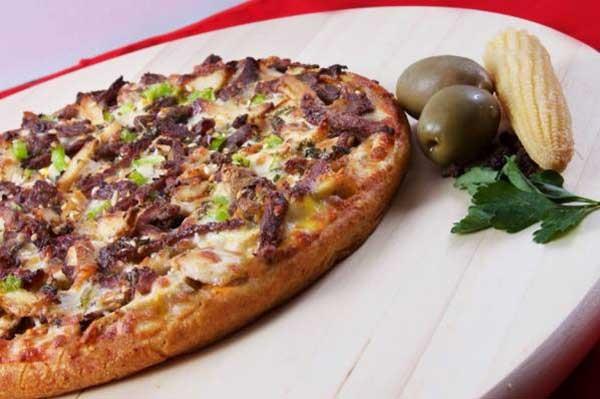 پیتزا رست بیف با خمیر آماده
