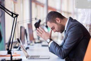 روش کنار آمدن با افراد منفی و سمی در محیط کار