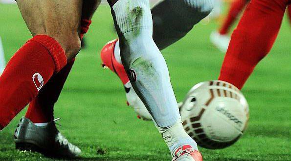 برنامه کامل بازی های لیگ برتر فوتبال فصل ۹۸-۹۹