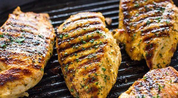 نحوه پخت ۳ نوع غذا خوشمزه با مرغ