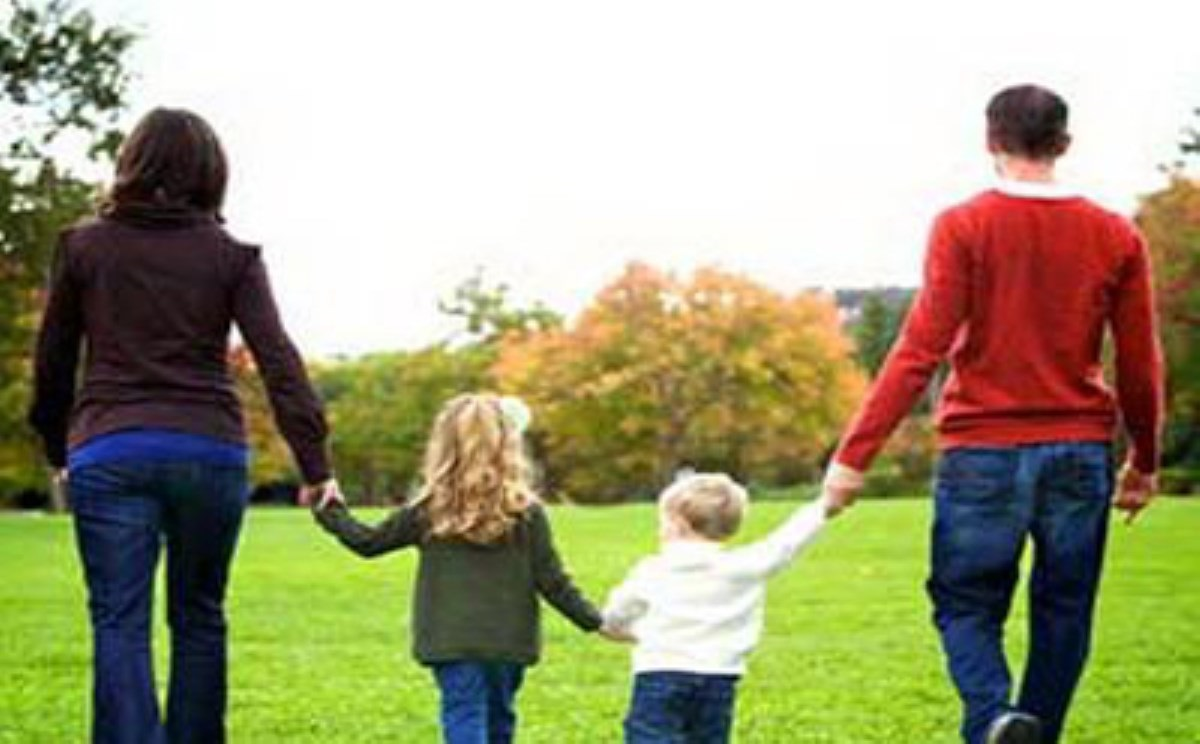والدین موفق چگونه با کودک خود رفتار می کنند؟