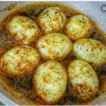 تخم مرغ آب پز ترکی/ طرز تهیه تخم مرغ آب پز خوشمزه  با فلفل پنیری صبحانه ی بی نظیر