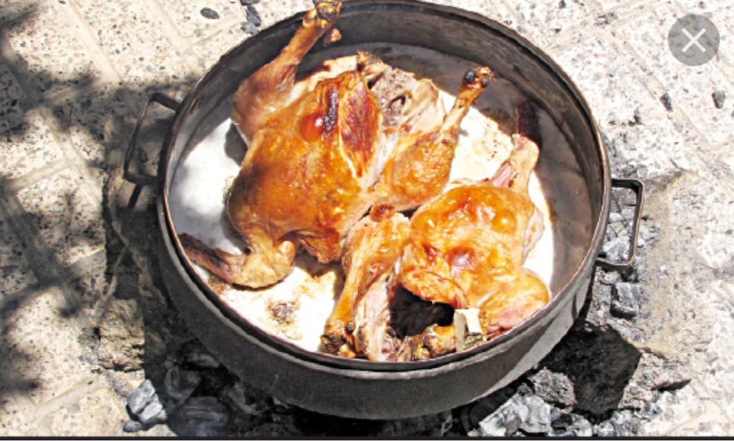 مرغ شکم پر نمکی