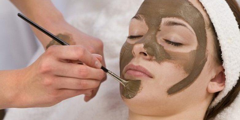 فواید شگفت انگیز ماسک خاک رس برای پوست