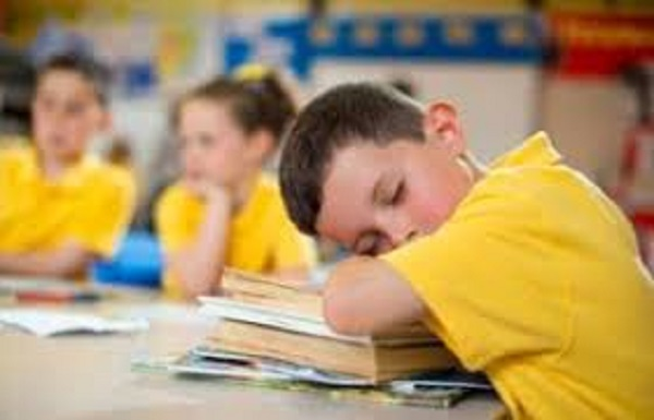 راهکارهایی برای تنظیم خواب کودکان جهت شروع سال تحصیلی جدید