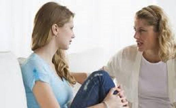 مشکلاتی که دختران با تربیت نادرست در جامعه با آن روبرو می شوند