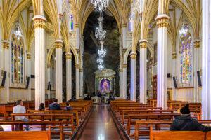 نمای داخلی کلیسای لاس لاخاس