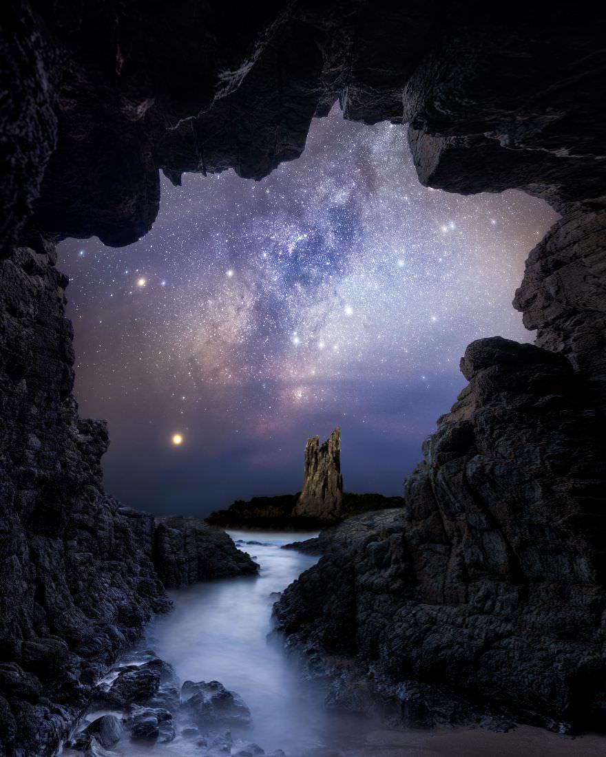 «پورتال کهکشانی» اثر کیست؟ مارسین زاژاک