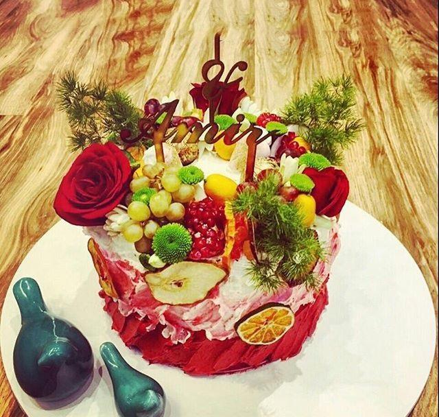 تزیین کیک یلدا