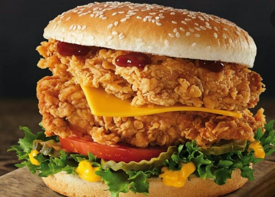 همبرگر مرغ سوخاری