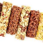 پروتئین بار شکلاتی خوشمزه و مقوی خانگی  +  طرز تهیه به 2 روش