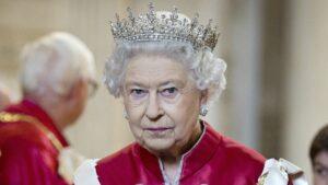 ملکه الیزابت دوم