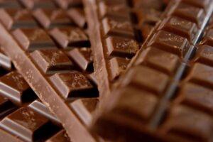 شکلات برای سلامت قلب