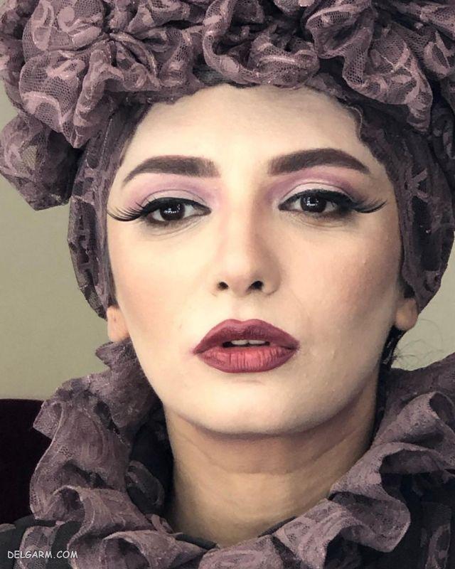 عکس روز گریم جذاب لیندا کیانی در تئاتر عروس مردگان