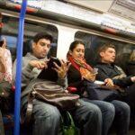 آسیب های گوشی موبایل نگران کننده است