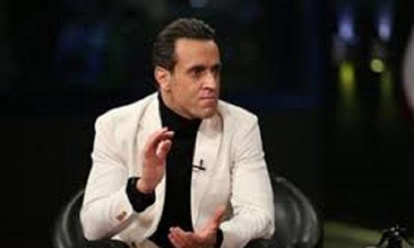 آیا علی کریمی در انتخابات فدراسیون فوتبال حاضر میشود