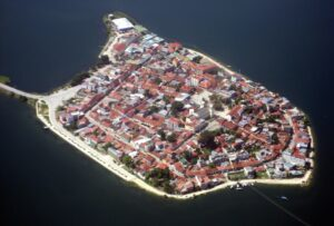 شهر جزیره ای فلورس