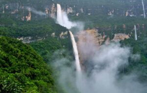 آبشار یومبیلا(Yumbilla Falls)