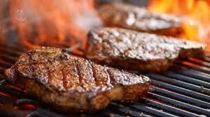 مزه دار کردن استیک گوشت