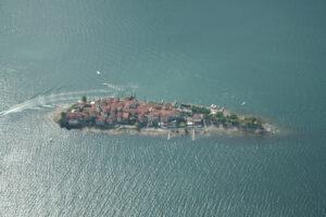 شهر جزیره ای ایزولا دی پسكاتوری