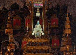 معبد بودای زمردی
