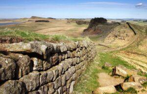 دیوار هادریان دربریتانیا
