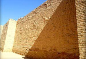 . دیوارهای بابل