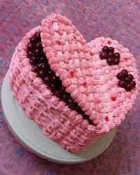 تزیین کیک قلبی زیبا